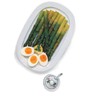 Asparagi con salsa di Zafferano