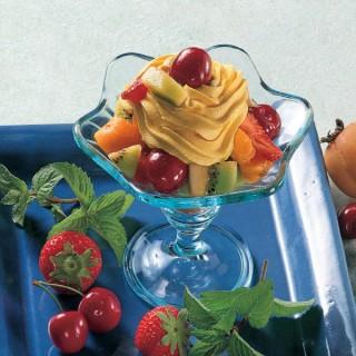 Macedonia di frutta con Panna allo Zafferano