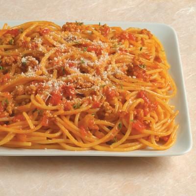 Spaghetti allo zafferano e ragù di agnello