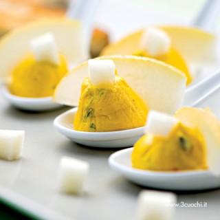 Creme salate allo zafferano, mascarpone, pere e gorgonzola