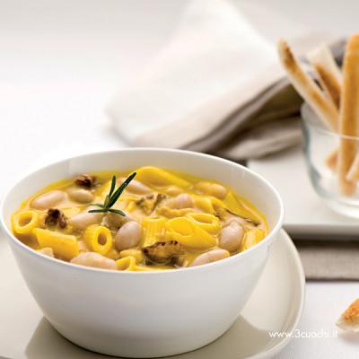 Zuppa di fagioli e zafferano